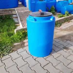 Емкость для воды V 100 литров вертикальная Гранд Пласт