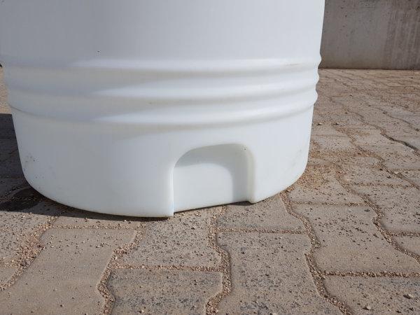Емкость бак для воды V 500 литров белая вертикальная КрымХимПласт