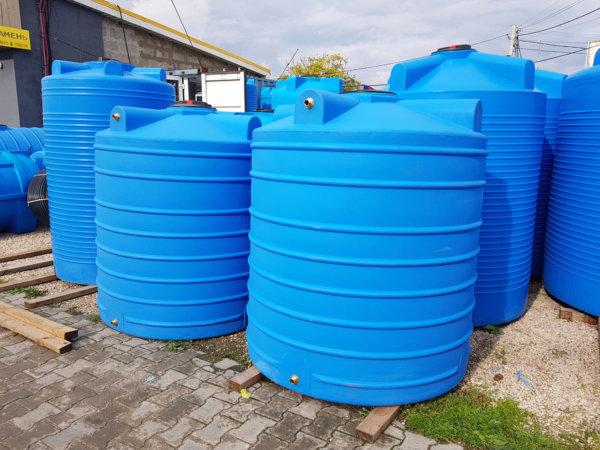 Емкость бак для воды V 2001 литров вертикальная Гранд Пласт