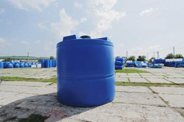Емкость для воды 10 кубов вертикальная Байдар Пласт