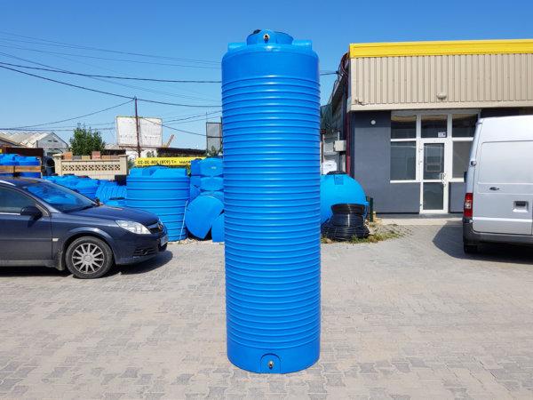 Емкость для воды V 990 литров вертикальная Гранд Пласт